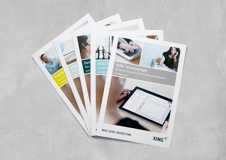 Cover von fünf der XING Broschüren